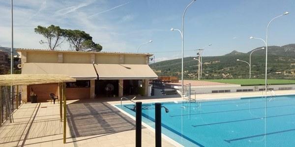 Licitació del contracte  de  concessió  del  servei  públic  de  les instal·lacions de les piscines municipals de Tremp 2021-2024