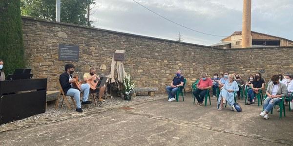 Tremp celebra un acte de comiat en record de les víctimes de COVID19